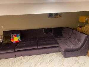 Big sectional Couch for Sale in Brooklyn, NY