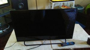 "32"" tv with remote control for Sale in Las Vegas, NV"