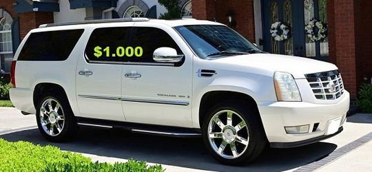 💚$1.000 Urgent for sale.Beautiful 2OO8 Cadillac Escalade.Nothing RWDWheelss for Sale in Houston,  TX
