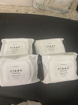 Makeup remover wipes for Sale in Hollywood, FL