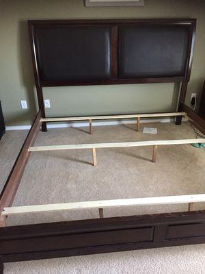 Carlifonia KING bedroom set for Sale in Black Diamond, WA