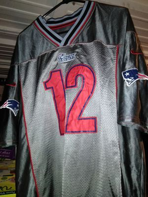 N.E. Patriots Tom Brady #12 Jersey for Sale in Bremerton, WA