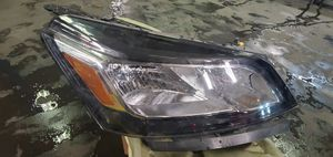 2016 Chevrolet traverse right headlight for Sale in Portland, OR