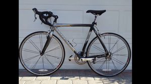 Trek Madone 5.2 Carbon Road Bike for Sale in Haverhill, MA