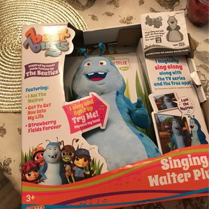 New!!! Singing Walter!!! (Beat Bugs) for Sale in North Royalton, OH