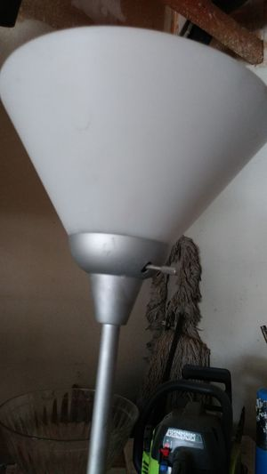 Tall lamp for Sale in Hesperia, CA