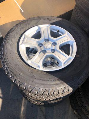 Good year wrangler tires 245/75/17 for Sale in Burbank, CA