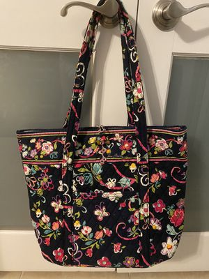 Vera Bradley Tote Bag for Sale in Miami Beach, FL
