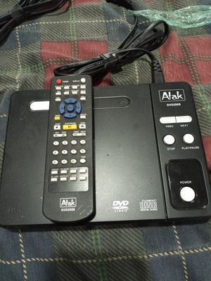 DVD player with remote for Sale in Washington, DC