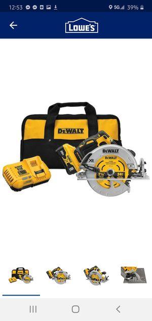 DEWALT 20 V MAX XR POWERDETECT 7 1/4 - Circular Saw with 8 ah Battery for Sale in Dumfries, VA