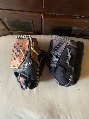 Baseball and softball gloves need gone ASAP for Sale in Wilsonville, OR