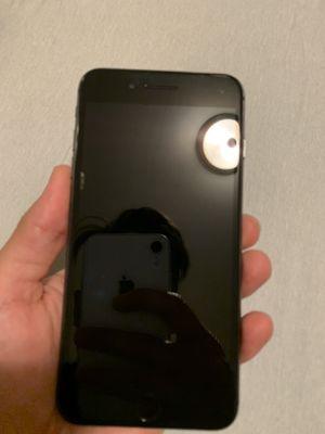 iPhone 8 Plus for Sale in Fullerton, CA