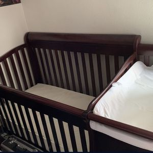 Crib With Changing Station And Storage for Sale in La Habra Heights, CA