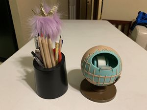 Globe Tape Dispenser and Pencil Cup for Sale in Brownsville, TX