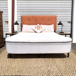 Brand new Complete Queen bedroom set with New memory foam mattress for Sale in San Diego, CA