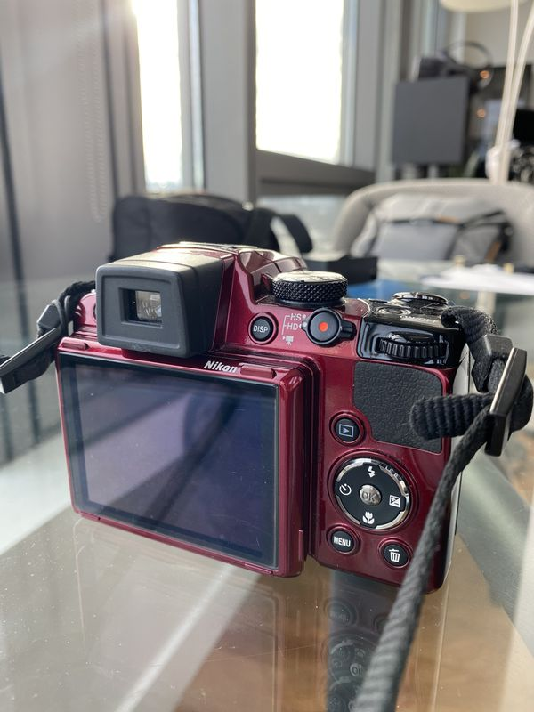Nikon P500 - 12MP 36x Zoom Camera