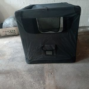 Foldable Mesh/Fabric Dog Crate for Sale in Dayton, OH