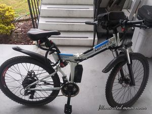 Electric folding bike. Good condition. Peddle assist. for Sale in Fort Lauderdale, FL