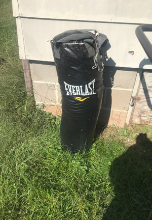 Everlast punching bag for Sale in Cleveland, TN