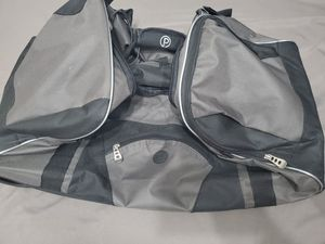 "Protege 25"" rolling duffle bag for Sale in Tempe, AZ"