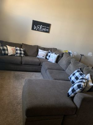 Sectional sofa for Sale in Mesa, AZ