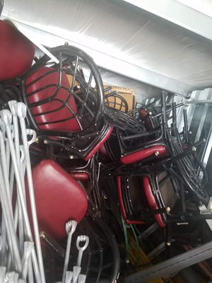FREE CHAIRS for Sale in Kissimmee, FL