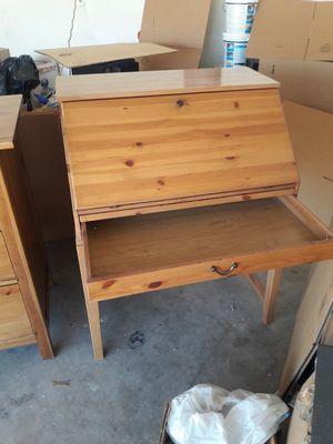 Ikea desk for Sale in Glendale, AZ