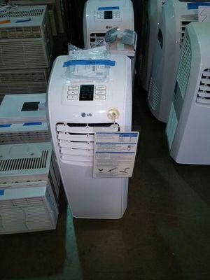 LG 8000 BTU air conditioner for Sale in Phoenix, AZ