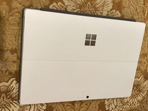Surface Pro 4 i5- 128 GB , with keyboard, surface pen , charger for Sale in Alexandria, VA