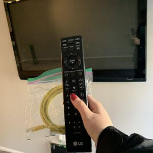 50 inch Plasma TV w/ REMOTE and MOUNT – Great Condition, 100% Working for Sale in Washington, DC