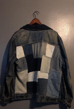 Men's Levis Jean Jacket size L for Sale in Bronx, NY