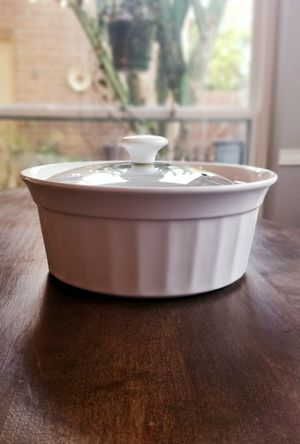 Housewares International Casserole Dish for Sale in Katy, TX