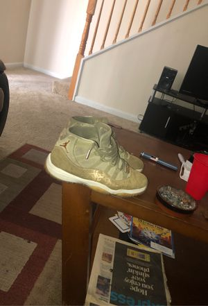 Size 9 limited edition gold jordan 11's for Sale in Washington, DC