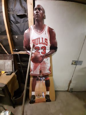 Vintage 1996 upper deck lifesize Michael Jordan posterboard for Sale in Fontana, CA