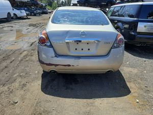 Nissan altima 2010 only parts for Sale in Hialeah, FL