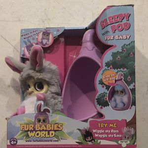 Fur Babies World Sleepy Pod + Dreamstar Fur Baby Nenia for Sale in Bolingbrook, IL