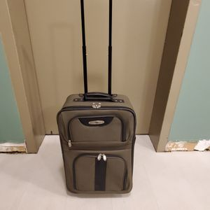 """21"""" SOFT-SIDE, TWO-WHEEL CARRY-ON LUGGAGE - firm price. for Sale in Arlington, VA"""