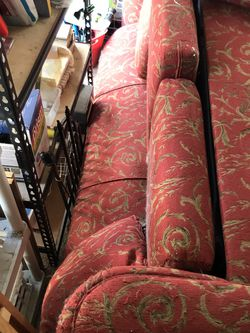 FREE King Size Pull Out Sofa for Sale in Burlingame,  CA