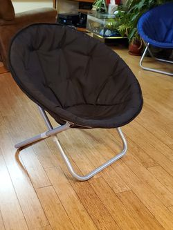 Saucer Chair - Black for Sale in Edmonds,  WA