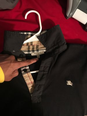 Burberry Shirt for Sale in Laveen Village, AZ