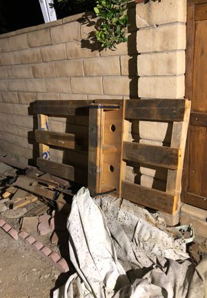 Outboard pallet for Sale in Murrieta, CA