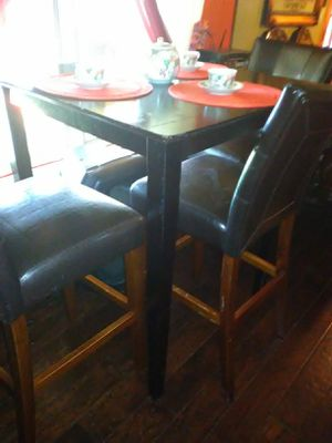 Bar stools table set for Sale in Grand Prairie, TX