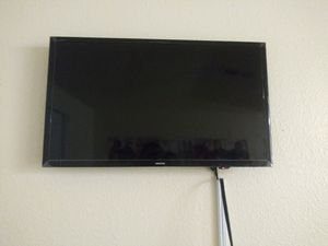 Moving Sale: Couch, TV, Glass Table, and End Table for Sale in Las Vegas, NV