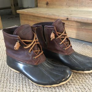 Gently used women's Sperry rain boots for Sale in Durham, NC