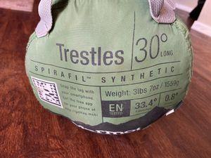 Marmot trestles 30 sleeping bag for Sale in Chandler, AZ