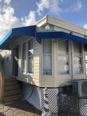 Mobile home/ travel trailer only ***NO LAND FOR SALE OR RENT*** for Sale in Miami, FL