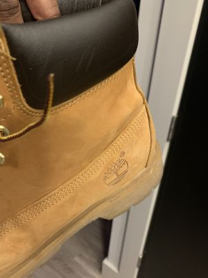 Men's 9.5 wheat timberlands for Sale in St. Louis, MO