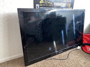 Samsung tv 32 inch for Sale in Santa Clarita, CA