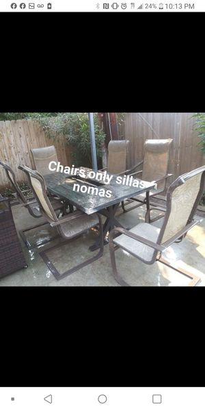 Please read the page por fabor leer la pagina 6 patio chairs only for sale nomas las sillas for $100 for Sale in Fresno, CA