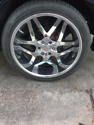 """24"""" 6 lug rims with new tires $450 obo plus stocks for a Tahoe for Sale in North Las Vegas, NV"""